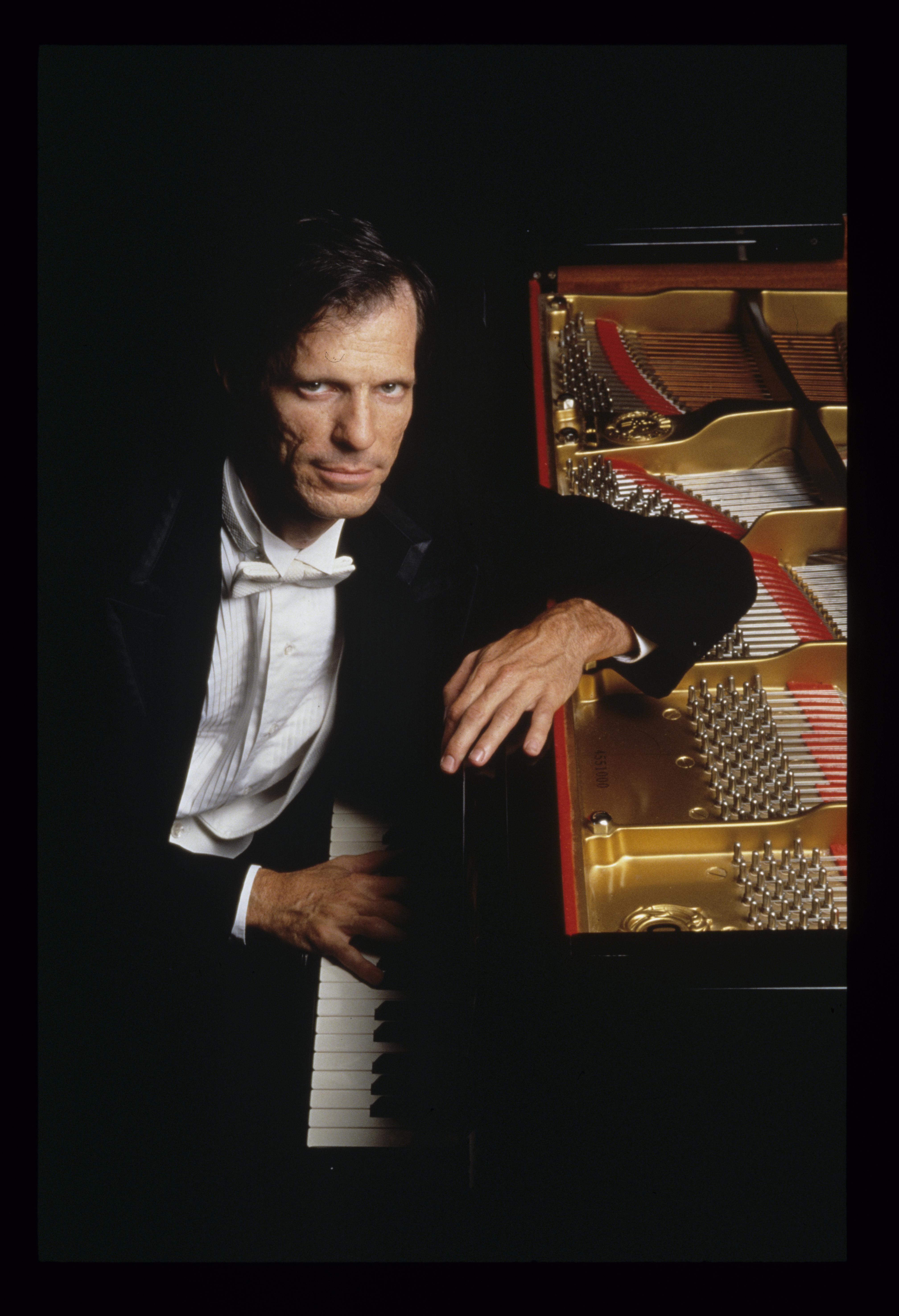 Stephen Drury, piano